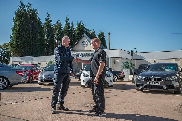 Autosmart Franchise partnership with franchisee