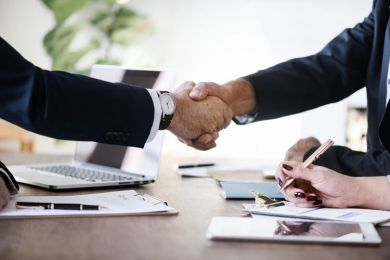 10 Tips for Making a Good First Impression When Meeting a Franchisor