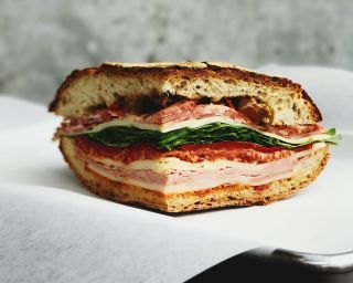 7 Advantages of Running a Sandwich Franchise