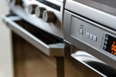 4 Advantages of Running a Kitchen Cleaning Business