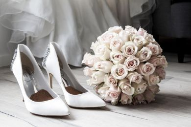 How to Create Your Own Wedding Company