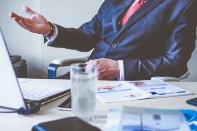 How to Become a Franchise Consultant