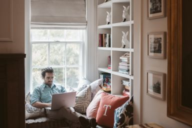 14 Tips for Running a Franchise from Home for the Long-Term