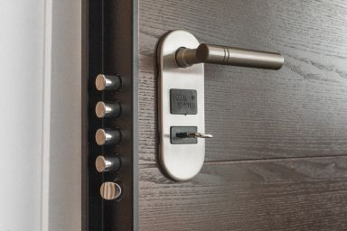 How to Make a Career Change With a Locksmith Franchise
