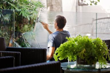 How to Become a Window Cleaner