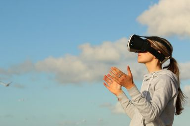 How to Start Your Own Virtual Reality Franchise